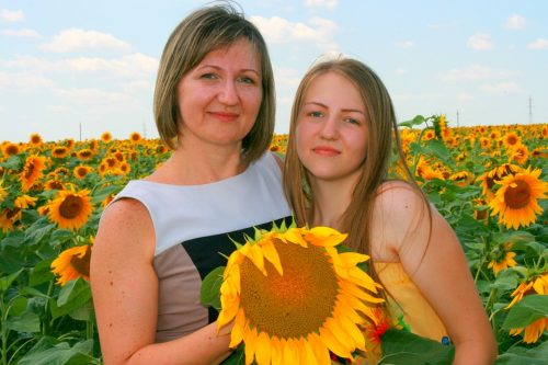 Teen counseling is beneficial to the mother-daughter relationship.